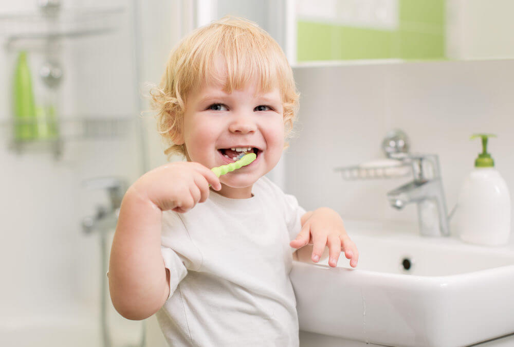 How-To Keep Your Teeth White and Clean